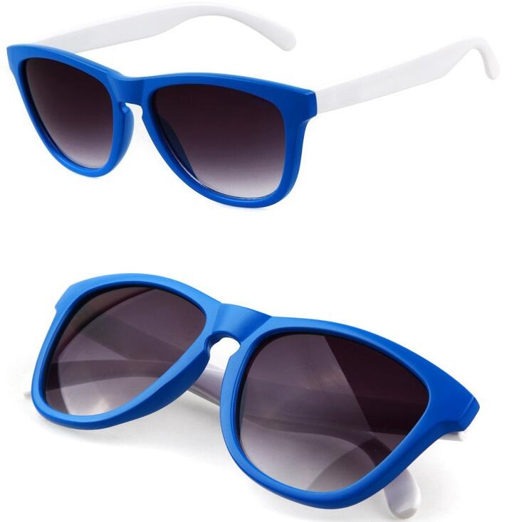 Blue frame white arms frogskin style sunglasses